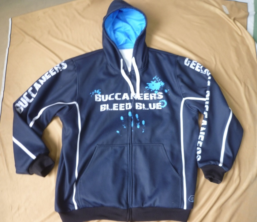 Buccs solid navy jacket front